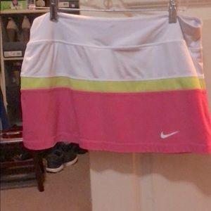 Nike tennis skirt - size large